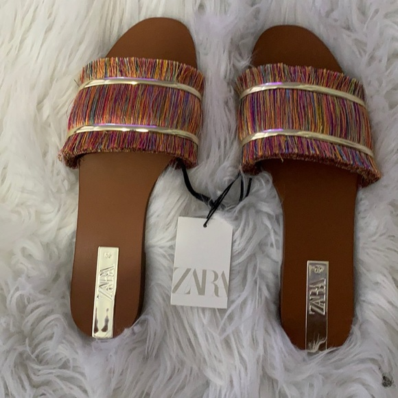 Size 40 Zara colorful sandals Never Worn